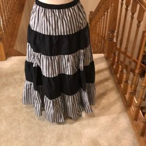 Very cute black and white tiered skirt.